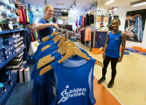 Leiden Atletiek clubkleding passen